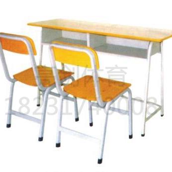XSZ003-课桌椅